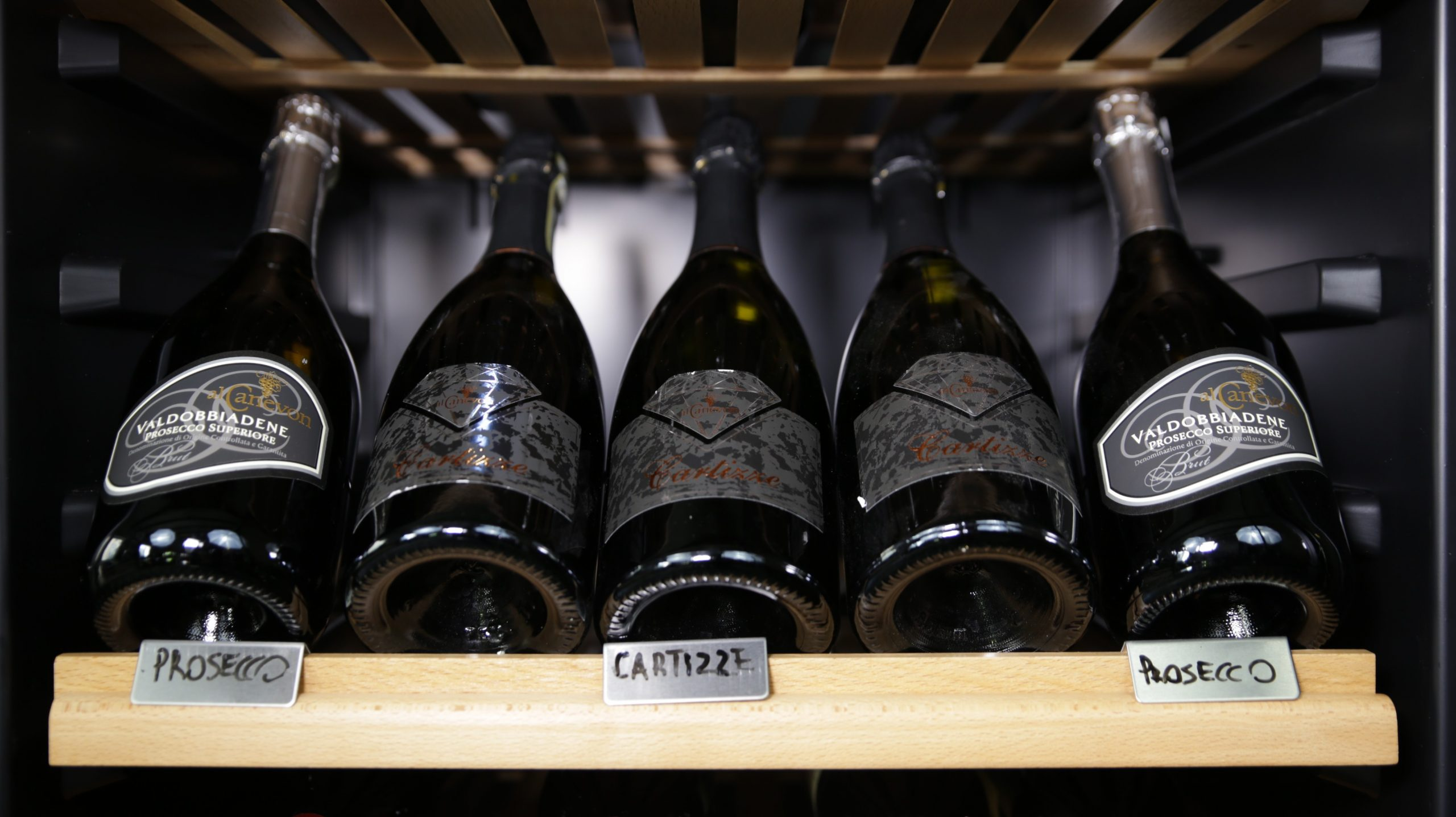 Cantinetta vino 166 bottiglie climatizzata compressore professionale