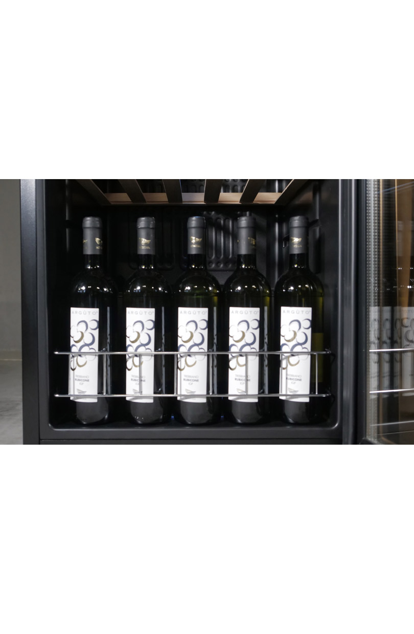 Geräumiger Weinkühlschrank für 140 Flaschen freistehend