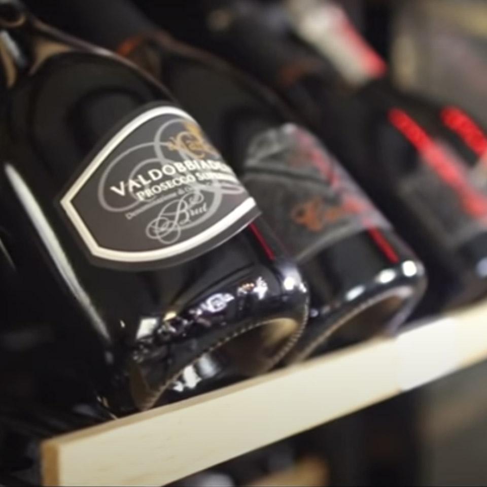 Professioneller Weinkühlschrank, 166 Flaschen, klimatisierte, Luxury